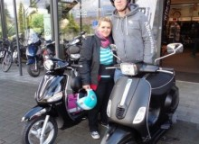 Vespa Team Black